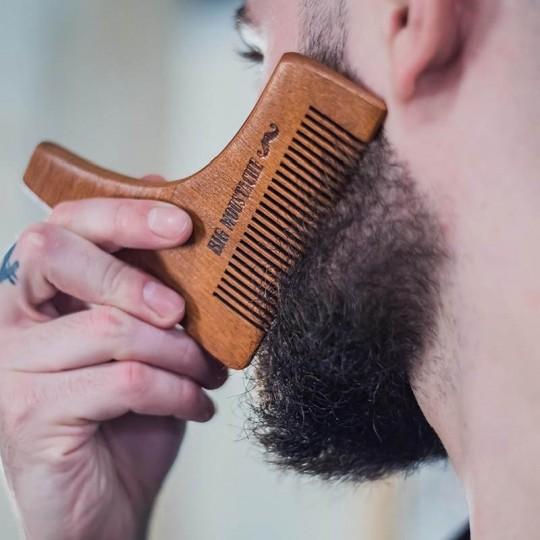 Peigne taille barbe Big Moustache